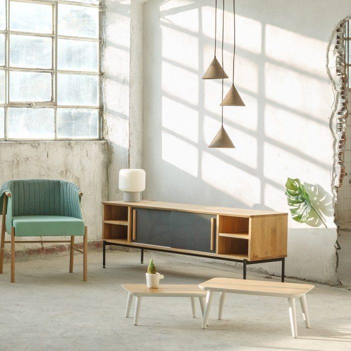 mesa-auxiliar-diseño-madera-blanca-ekohunters-abana-bilbao-ecodiseño-mobiliario-ecologico