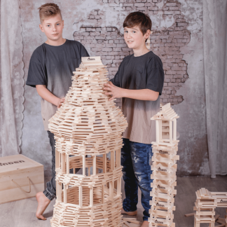 eco-friendly-lindenwood-construction-blocks-toy-ecodesign-ekohunters-sustainability