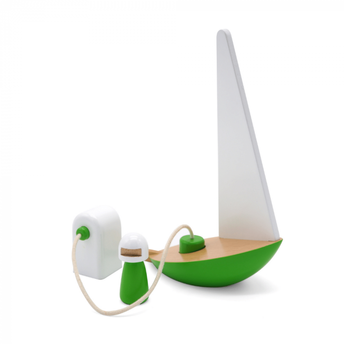 green-riders-wooden-toy-sail-boat-ecorfiendly-toy-ekohunters