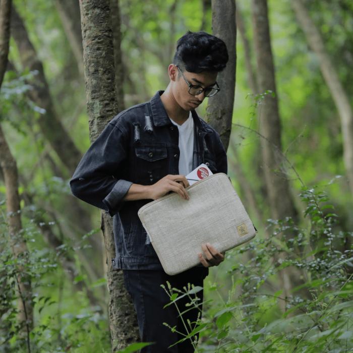 eco-friendly-laptop-sihra-case-ekohunters-bhangara