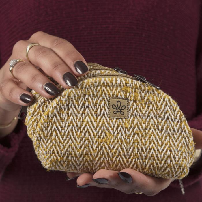 eco-friendly-yellow-purse-pack-seti-natural-fibers-ekohunters-bhangara
